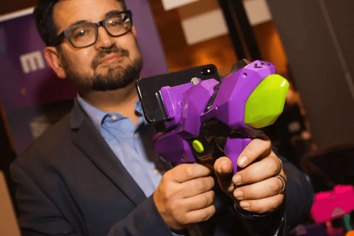 You are currently viewing Merge's AR toy gun, the 6DoF Blaster