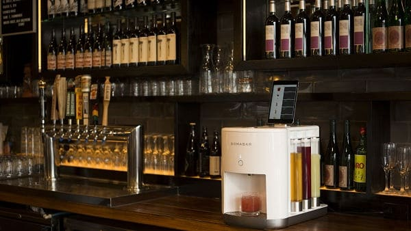 You are currently viewing For Restaurants that Cannot Afford a Full-liquor License and Bartending Staff, Somabar is the Solution