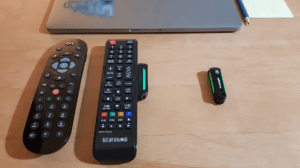 Read more about the article Lazelight Mini LED Remote Control Light helps you see the buttons on your television remote